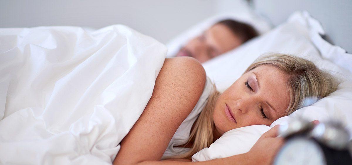 Hombre deja de roncar sin cirugías gracias al sistema de Avance Modular